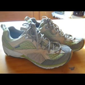 Merrell Avian light hiking shoes 7 1/2